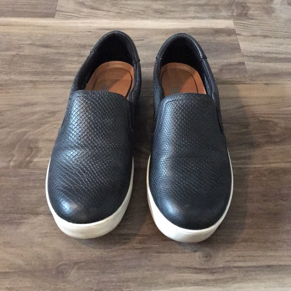 Leather Dr Scholls Scout Slip On